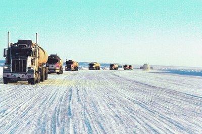 Autopista de hielo en el ártico
