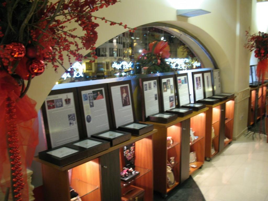 Exposición de Replicas de Diamantes Famosos en Joyería Argimiro Aguilar