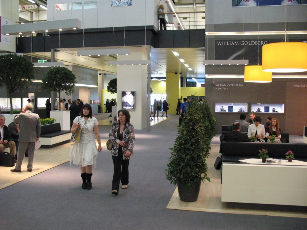 Feria de Joyeria y Relojeria de Basilea 2007 pasillos pabellon 3