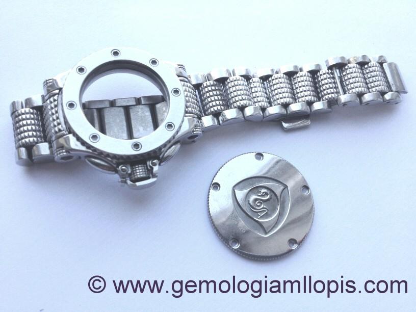 Restaurando caja , tapa, brazalete y cierre de un reloj Aquanautic