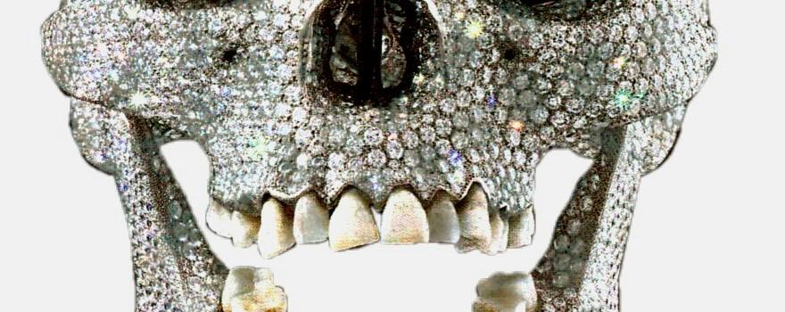 calavera de diamantes extravagancia