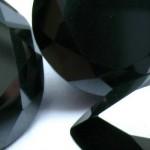 Compradas moisanitas negras como si fueran diamantes negros