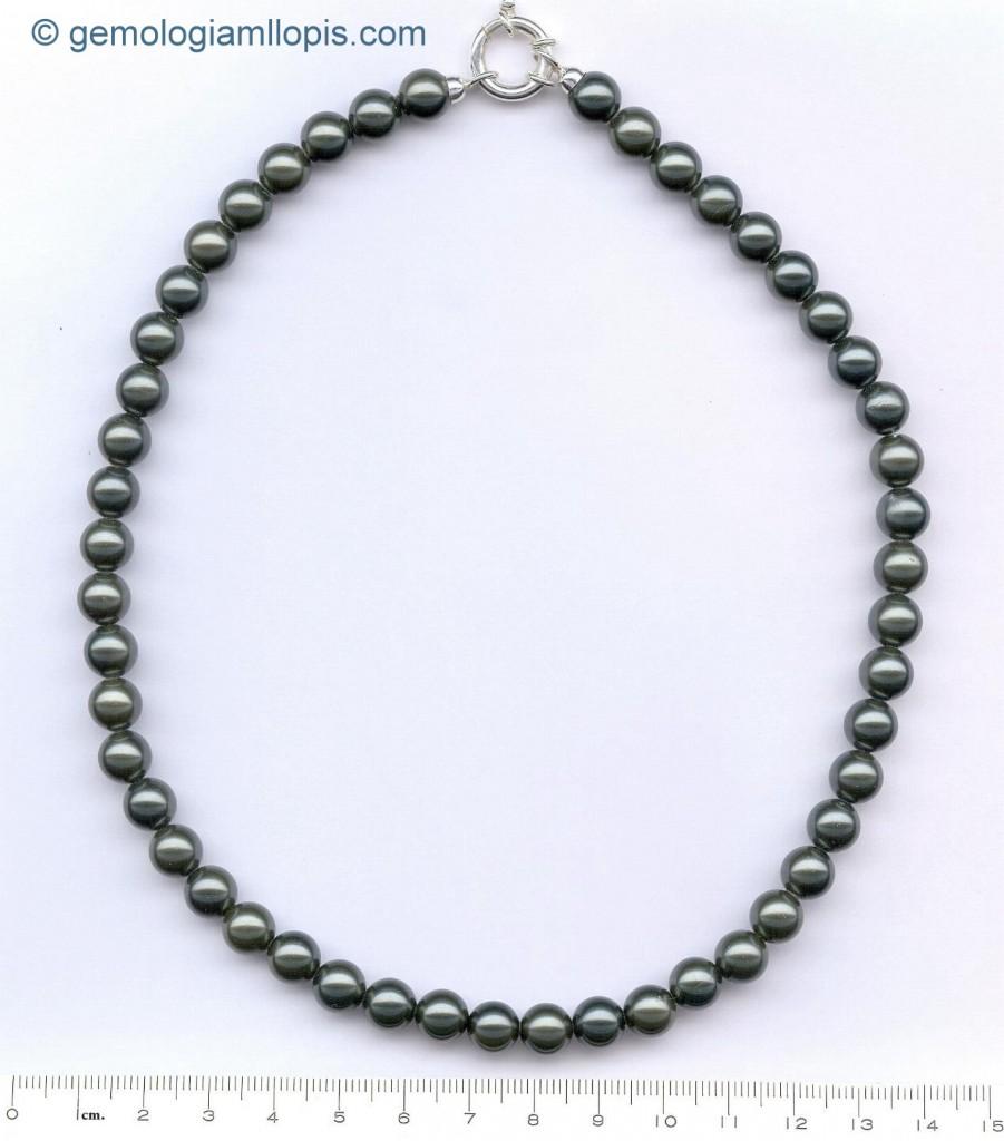 Collar de perlas de imitación grises de 8 mm de diámetro.