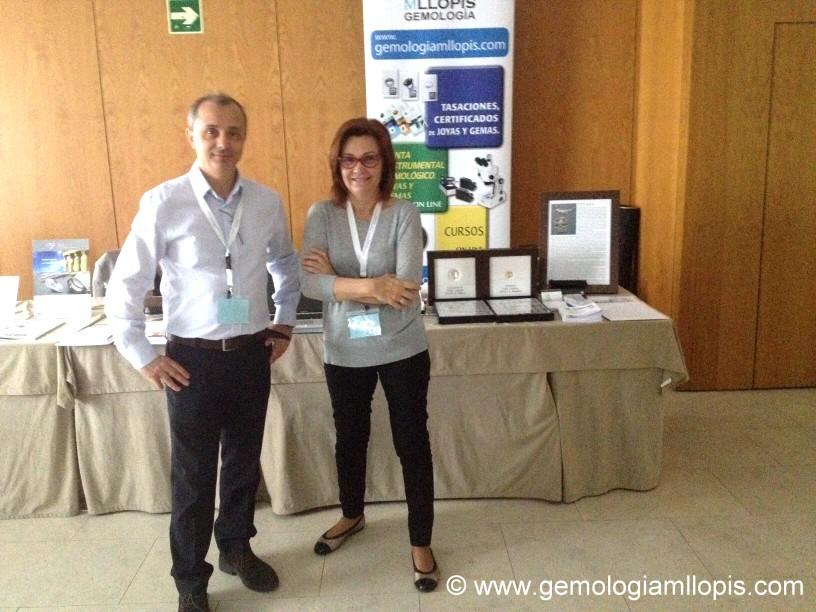 Gemologos de MLLOPIS en congreso