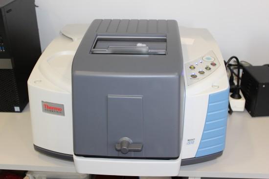 Espectrómetro de infrarrojos Nicolet iS10