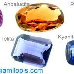 Te ayuda mucho a vender, si se conocen los nombres de las piedras.