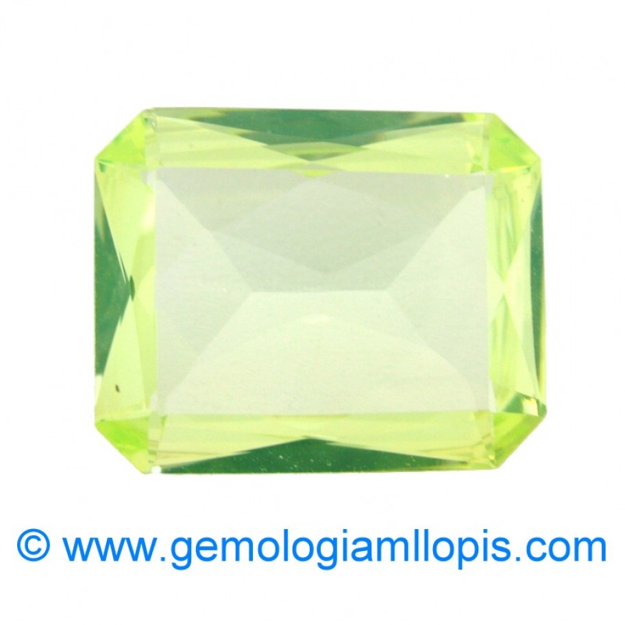 Synthetic spinel green