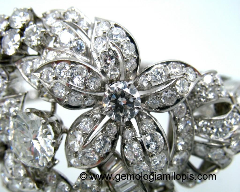 Pulsera de diamantes, exquisito engastado de granos.