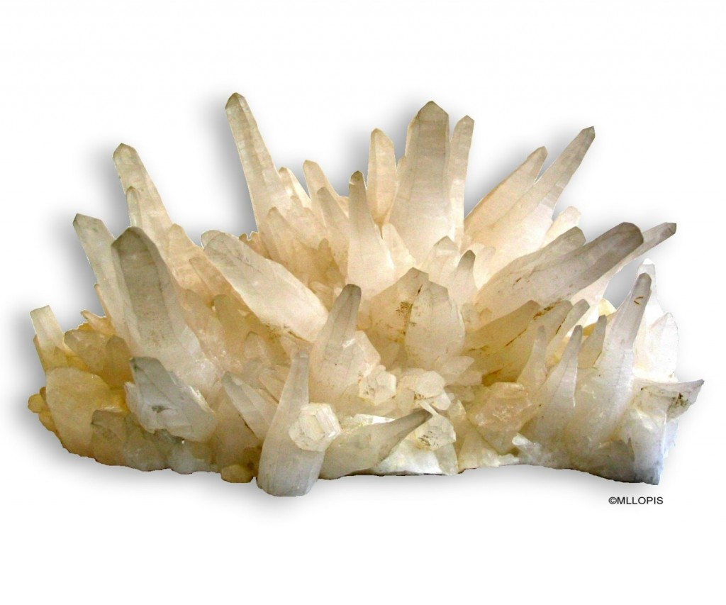 Ramillete de cristales de prismas hexagonales con romboedros de cuarzo lechoso