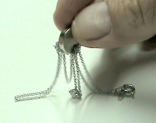 cadena niquelada atraida por iman