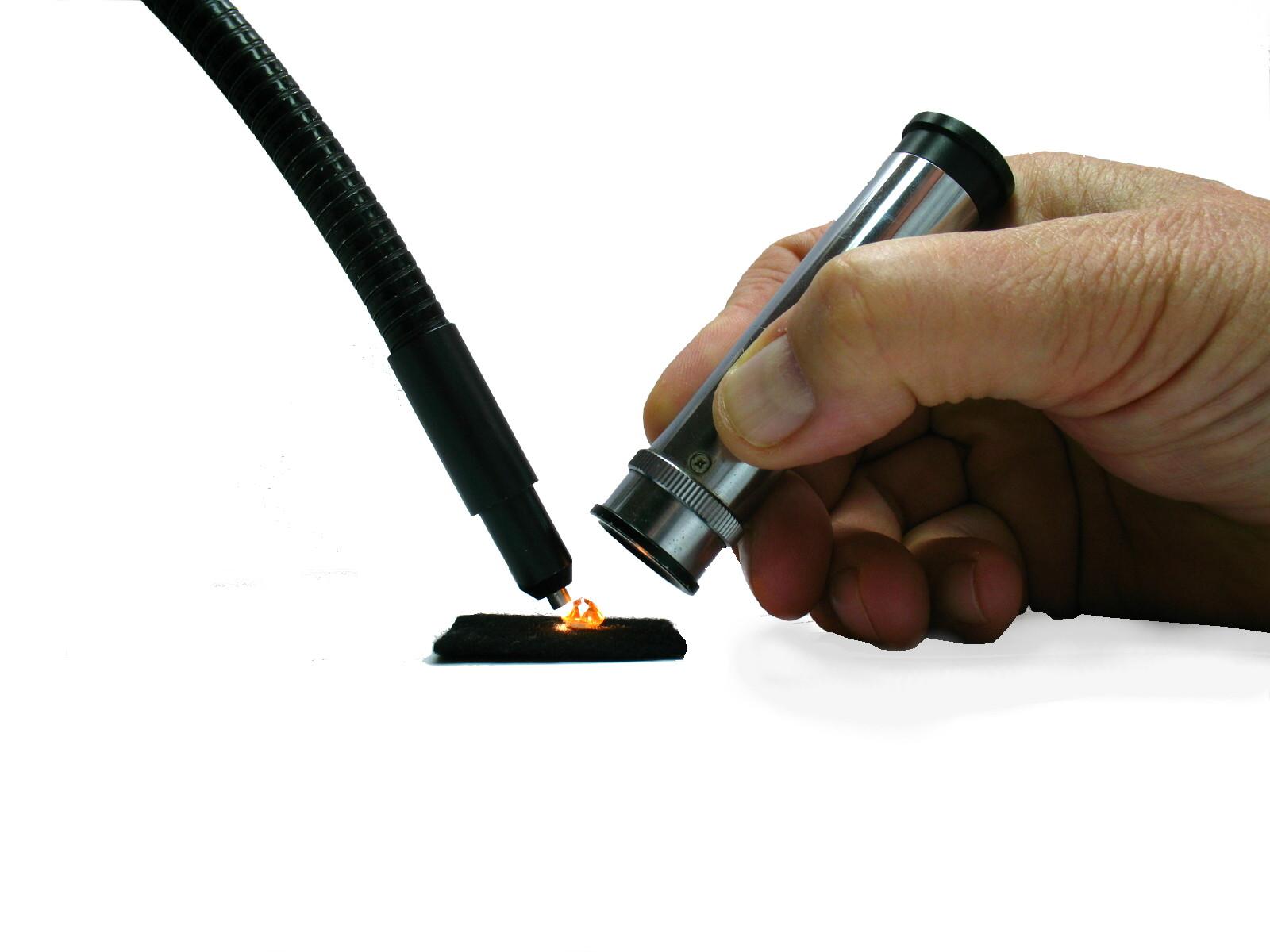 Como utilizar un espectroscopio gemológico de mano