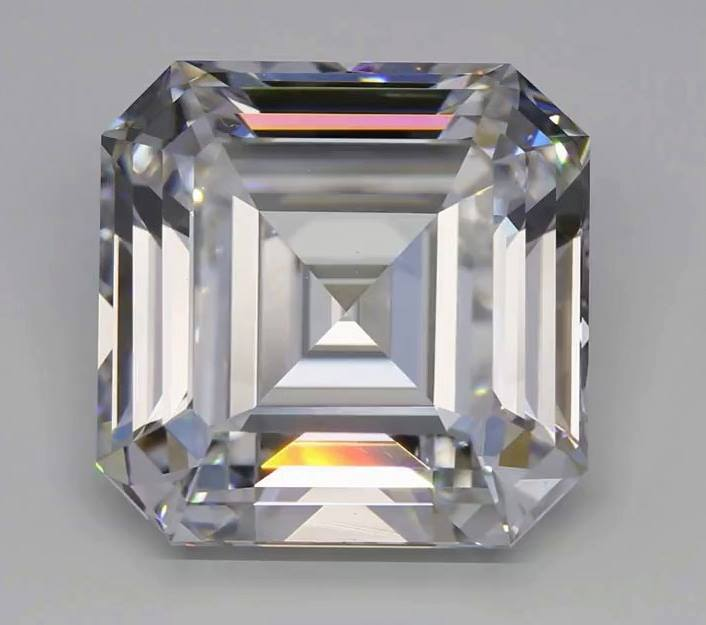 Diamante sintetico 10,02 ct New Diamond