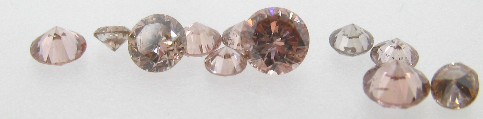 Diamantes de color tratados