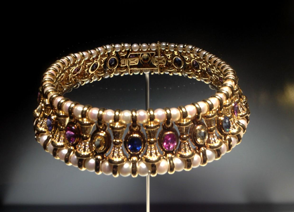 collar bulgari perlas y color