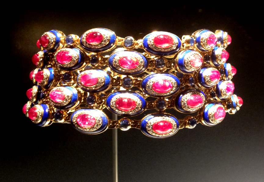collar bulgari rubies