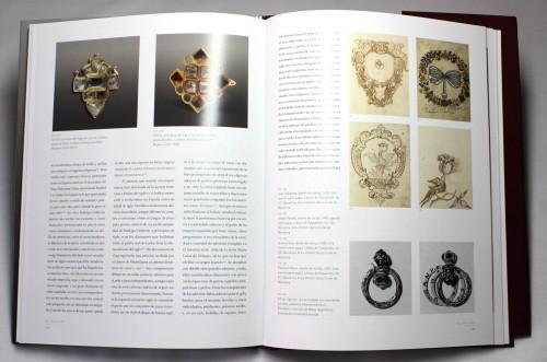 Los dibujos que presentaban los aspirantes a joyeros ilustran muy bien los gustos de los períodos incluidos en el estudio.