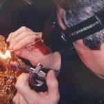 Visitamos taller de joyería, del Artesano Antonio Castellanos.
